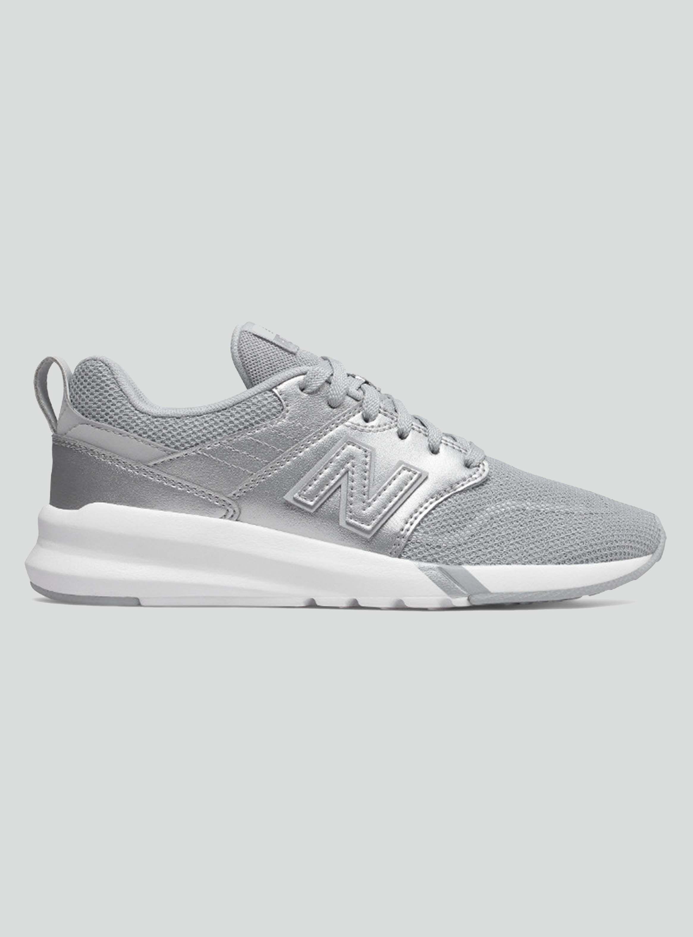 zapatillas new balance mujer plata