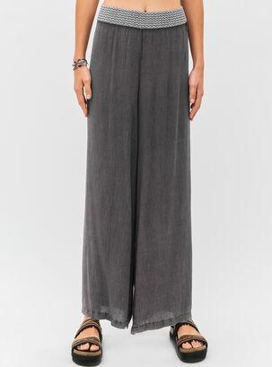 Pantalones - Un básico para vestir en toda ocasión  4ad21a600622