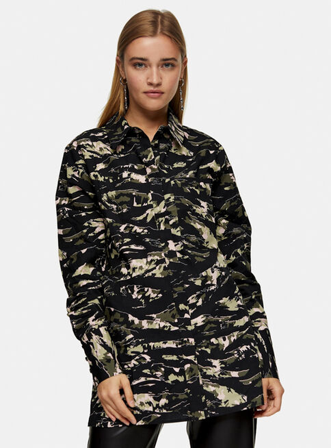 Blusa%20Green%20Camouflage%20Print%20Oversized%20Topshop%2C%C3%9Anico%20Color%2Chi-res