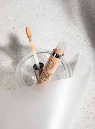 Naked Skin Weightless Concealer Medium Neutral Urban Decay,,hi-res