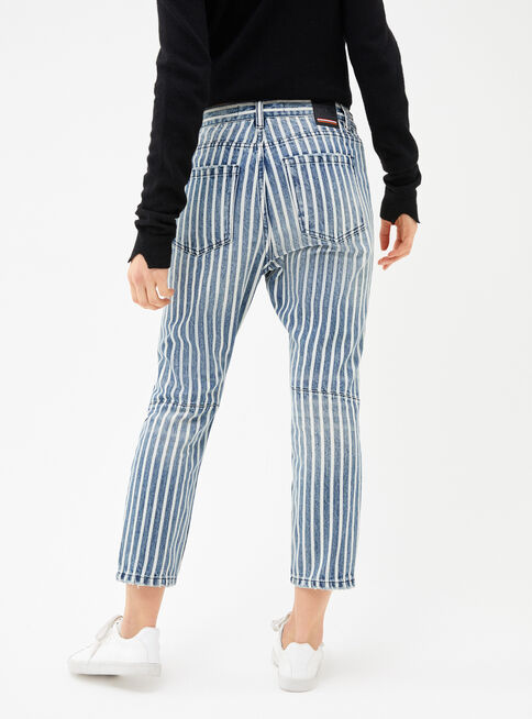 Jeans%20Lineas%20Penation%20Placard%20%20%2CDise%C3%B1o%201%2Chi-res