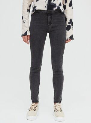 effc1177377f Pantalones - Un básico para vestir en toda ocasión | Paris.cl