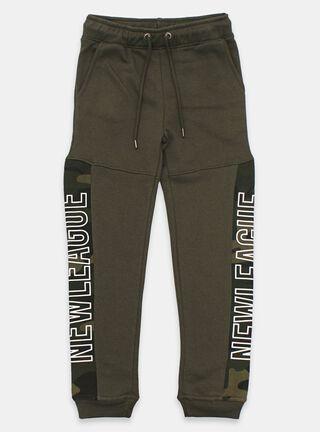 Pantalon Buzo Tribu Estampado Lateral Niño,Verde Militar,hi-res