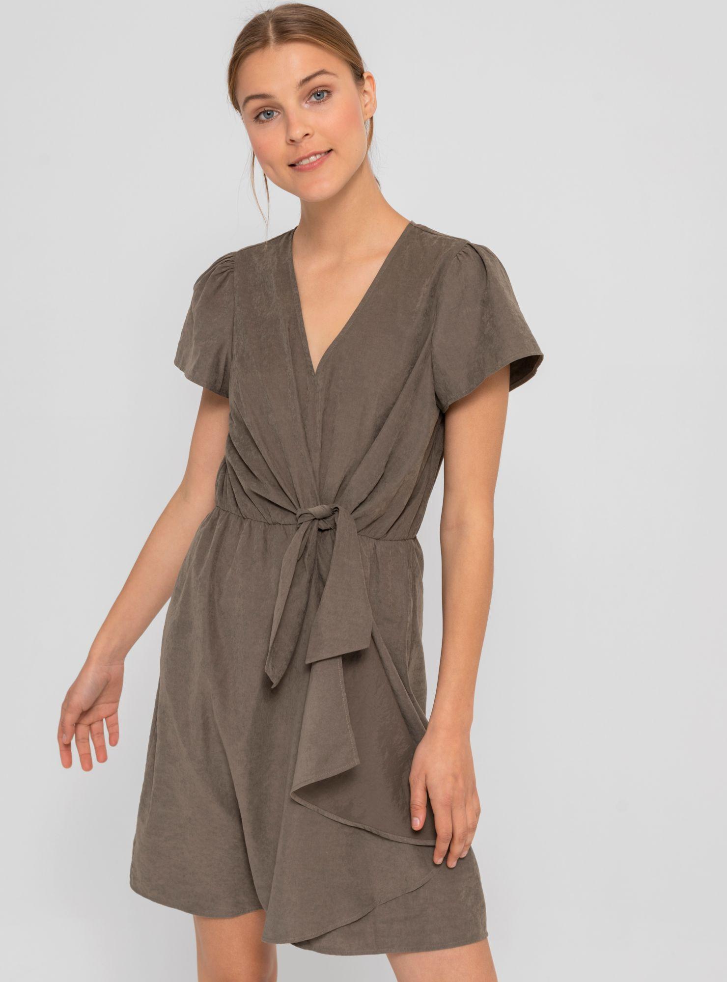 Modelos de vestidos semi largos casuales