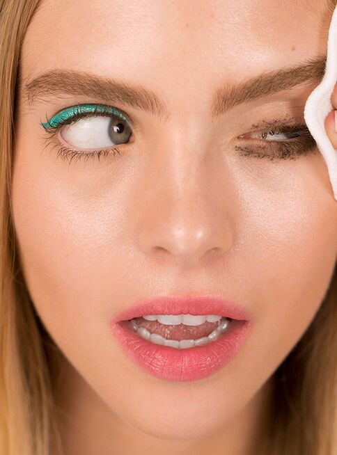 Desmaquillante%20The%20Eyes%20%26%20Lips%20Remover%20100%20ml%203INA%2C%2Chi-res