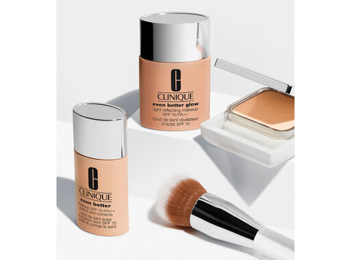 Base%20Maquillaje%20Even%20Better%20Glow%20Ivory%20Clinique%2C%2Chi-res