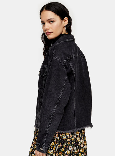 Chaqueta%20Raw%20Hem%20Oversized%20Washed%20Black%20Denim%20Topshop%2C%C3%9Anico%20Color%2Chi-res