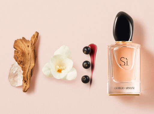 Cofre%20Giorgio%20Armani%20S%C3%AC%2030%20ml%20%2B%20Loci%C3%B3n%2095%20ml%2C%2Chi-res
