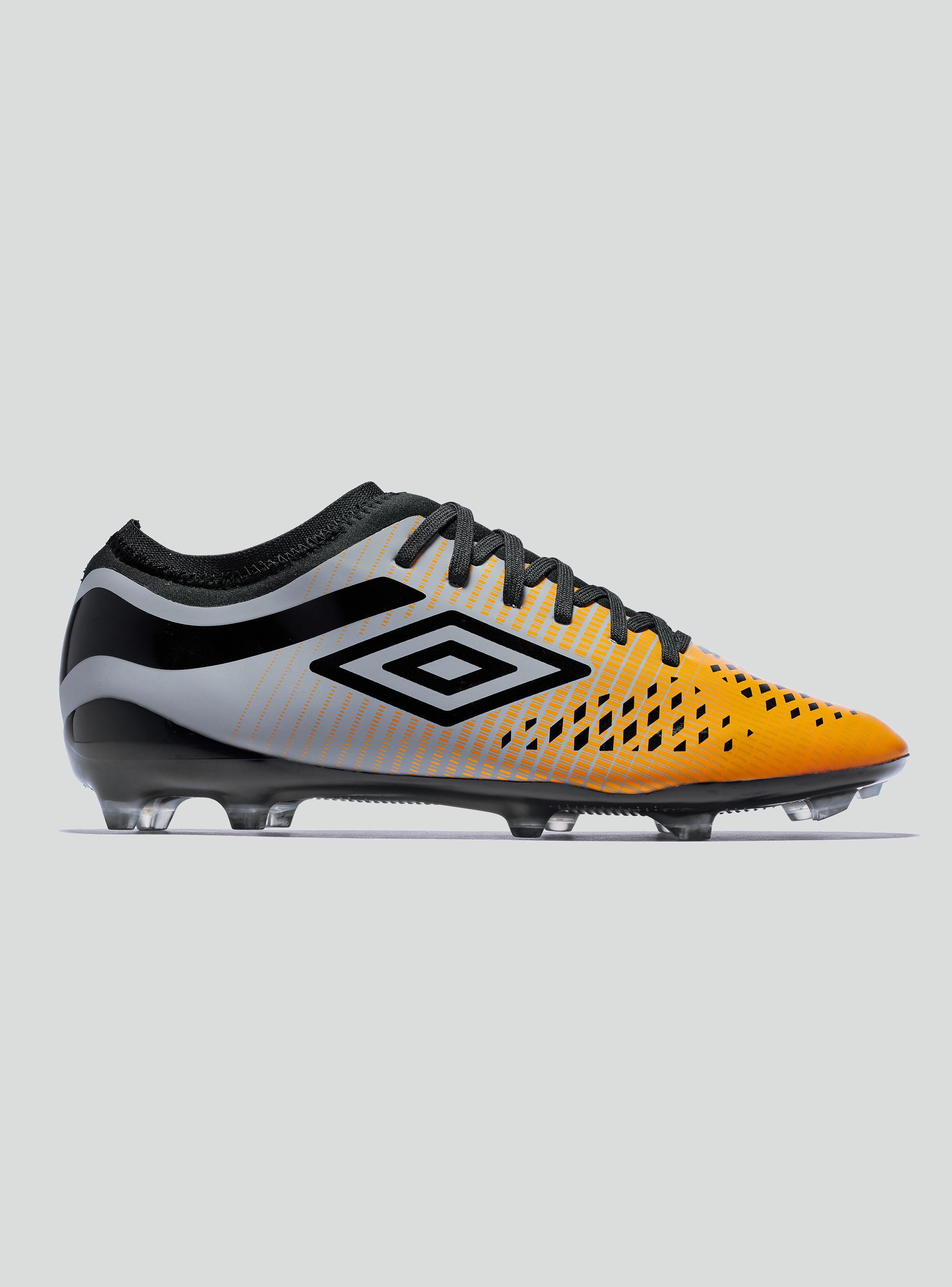 Zapatos y Zapatillas de Fútbol  