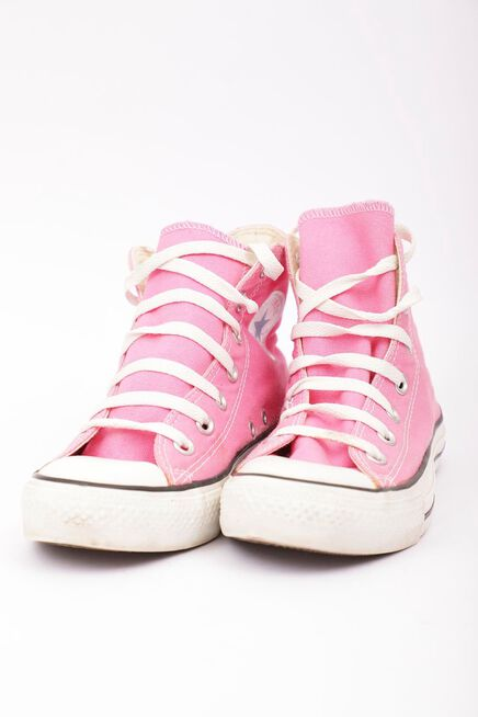 Zapato%20con%20ca%C3%B1a%20reciclado%20rosado%20converse%2Chi-res