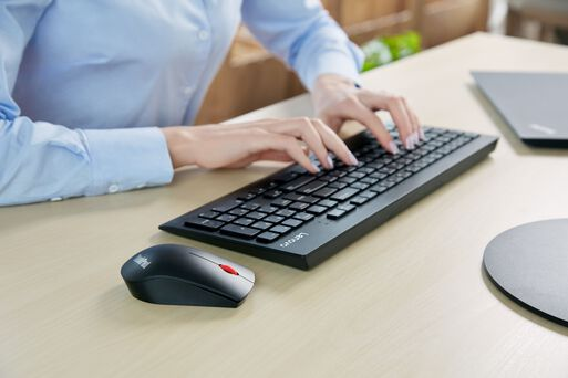 Combo%20Teclado%20Y%20Mouse%20Inal%C3%A1mbrico%20Lenovo%20Professional%2Chi-res