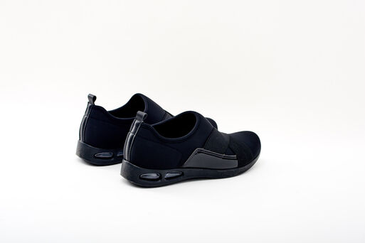 Zapatilla%20Negra%20Soft%20Step%20Piccadilly%2Chi-res