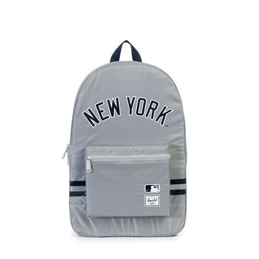 Mochila%20Herschel%20Packable%20Daypack%20Poly%20Yankees%2Chi-res
