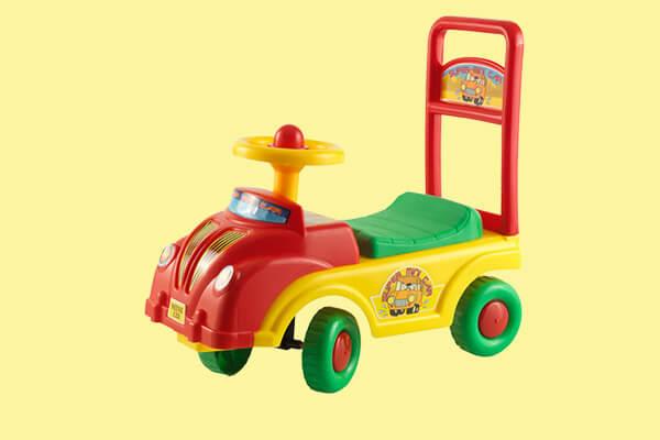 Correpasillos y carros de arrastre para bebés hasta 4 años