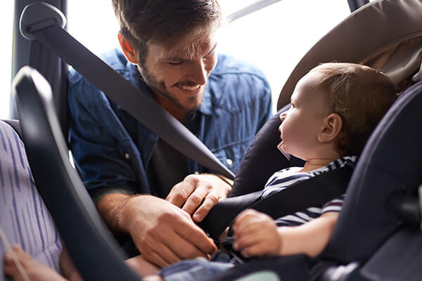 Monitores, barandas, protectores y otros accesorios de seguridad infantil