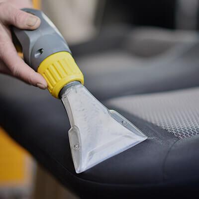 Aspiradoras, cargadores, partidores y otras herramientas para autos