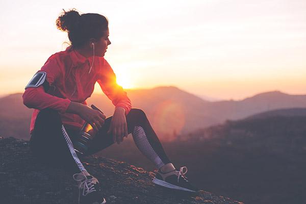 Máquinas de ejercicio, ropa y accesorios para fitness