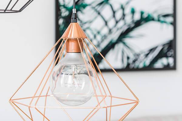 Lámparas de mesa, colgantes, de pie y accesorios de iluminación