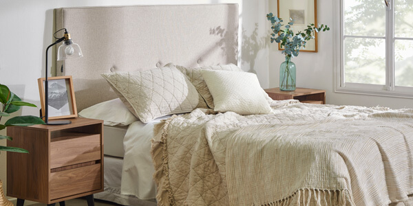 Clóset, cómodas, respaldos, veladores y más muebles de dormitorio
