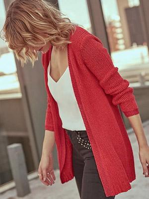 Sweaters y chalecos de distintas marcas