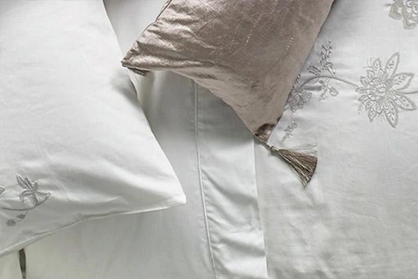 Sábanas, frazadas, almohadas y más ropa para cama