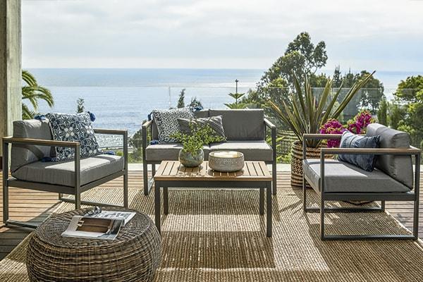 Juegos de living, de comedor, sillas y otros complementos de terraza